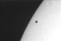 Mercure se dévoilera dans le Soleil