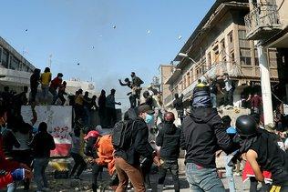 Trois manifestants tués à Bagdad, la contestation ne faiblit pas
