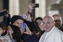 Le pape dénonce les violences contre les femmes et la pornographie