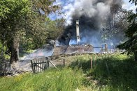 Un chalet part en fumée à Châtel-Saint-Denis