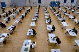 Gouvernement et députés fribourgeois dressent un bilan de la crise