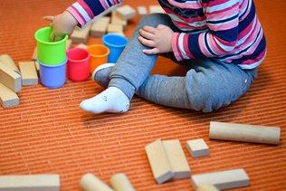 Ueli Maurer défend un relèvement des déductions pour enfants