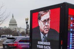 Manifestants violents: Bill Barr veut des poursuites pour sédition