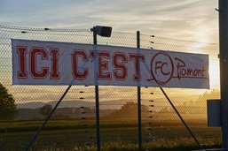 La première équipe du FC Piamont en quarantaine