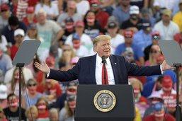 """Trump prédit """"une vague"""" républicaine malgré les sondages"""