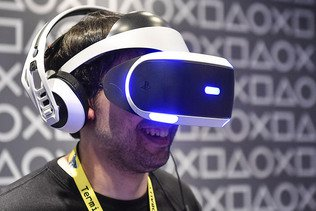 Sony: bénéfice trimestriel en forte hausse, prévisions relevées