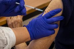 Vaccination: ouverture des rendez-vous mercredi