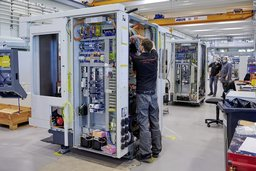 Les usines doivent s'adapter