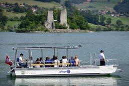 Une nouvelle embarcation solaire sur le lac de la Gruyère