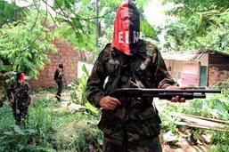 Plus de 10'000 combattants de groupes armés en Colombie (rapport)